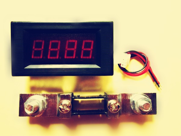 Free shipping,red LED 0~500A DC Digital Panel Ammeter AMP Ampere Meter + 500A/75mV Shunt