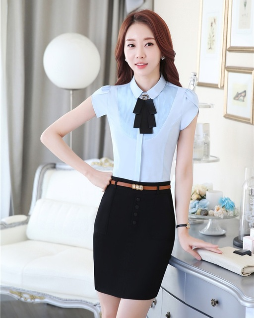 Girls uniforms yay or nay girlsaskguys for Office design uniform