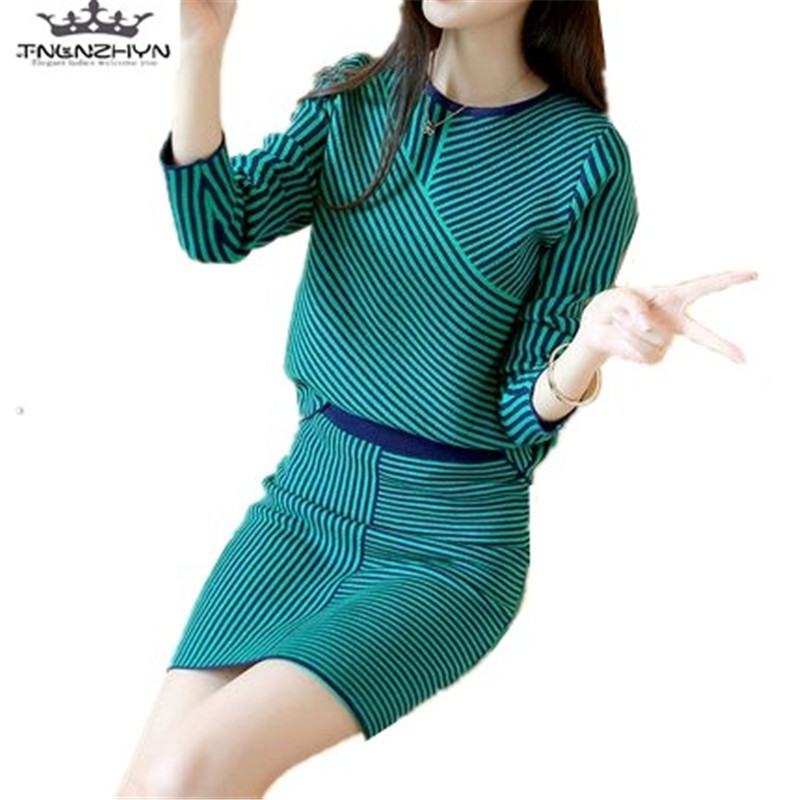 tnlzhyn2018 Spring Autumn Women Sweater Suit Fashion 2 Pieces Set New Knit long sleeve Crop Top and Short Skirts Sets Y396