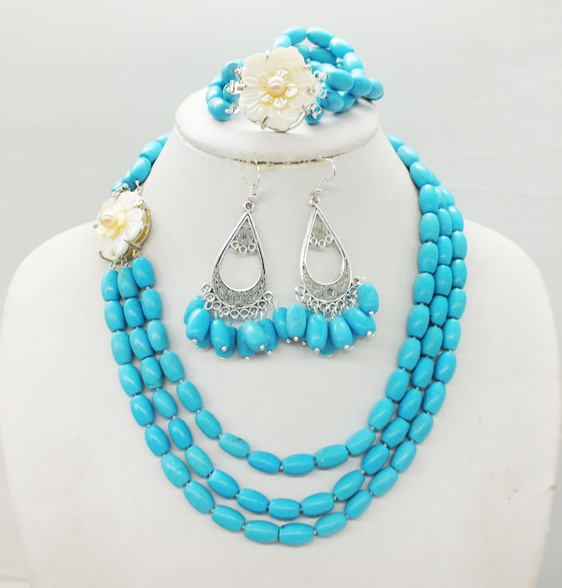 Natural Turkish semi-precious stones, classic 3-layer necklace / bracelet / earrings. Africa, weddings. Party necklace