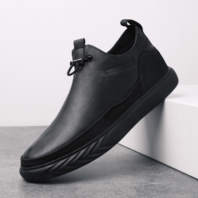 Genuine Leather Shoes Men Brand Footwear Non slip Thick Sole Fashion Mens Casual Plus velvet Sneakers Male High Quality zapatos