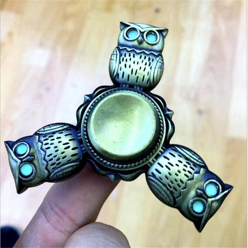 Luminous eyes high quality new alloy owl fingertips gyro hand spinner fidget spinner retro finger gyro edc spinner toys 2 style