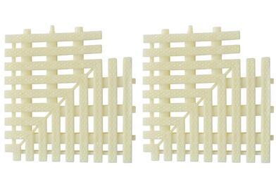 Swimming pool corner bracket grill for three interface grid