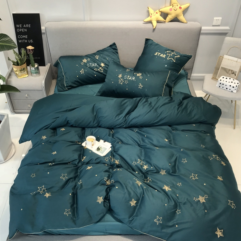 100% Egyptian Cotton stars Embroidery Luxury Bedding Set 4Pcs King Queen Size green white Bed set Duvet Cover Bed Sheet100% Egyptian Cotton stars Embroidery Luxury Bedding Set 4Pcs King Queen Size green white Bed set Duvet Cover Bed Sheet