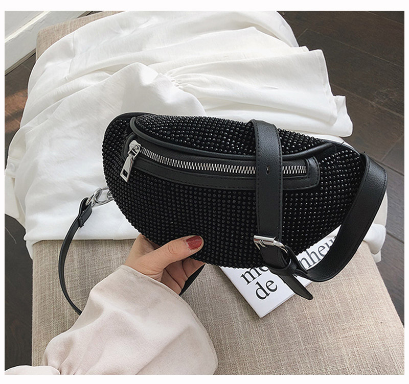 2021 New Women Waist Bags Diamonds Ladies Fanny Pack Fashion Chest Bag Banana Rhinestone Chain Crossbody Shoulder Bags Belt Bag