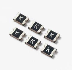 1 بكرة x 1210L سلسلة PTC 6 فولت 8 فولت 12 فولت 13.2 فولت 16 فولت 24 فولت 30 فولت POLYFUSE 1210 SMD الصمامات Resettable PTC فتيل Littelfuse المقاوم