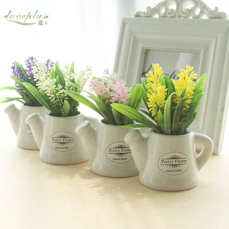 Zinmol Piccole piante artificiali Fiori decorativi Mini pentola Kettle Bonsai Valentine's Grass 1 set (piante + vaso)