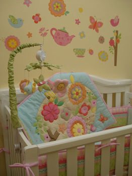цена на 7pcs Girls Baby Bedding Set Flower Birds Nursery Quilt Bumper Sheet Crib Skirt Baby Crib Bedding Set Baby Bassinet Mattress