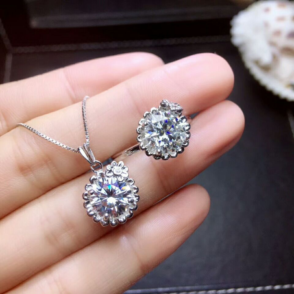 MeiBaPJ 2 Carats Moissanite Gemstone Jewelry Set 925 Pure Silver Ring Pendant Necklace 2 Pieces Suits