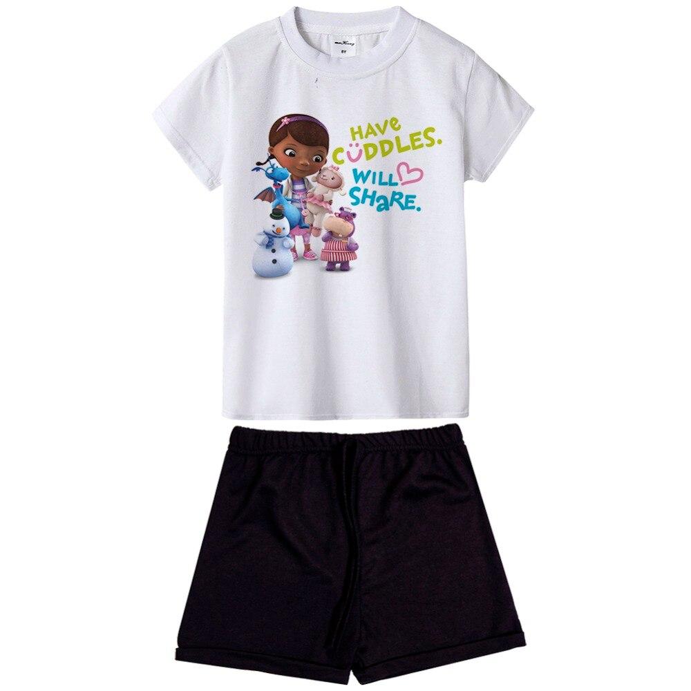 Новое поступление Доктор Плюшева Детский комплект из 2 предметов, одежда для маленьких девочек с коротким рукавом мультфильм печатных футб... ...