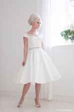 Simple A-line Wedding Dress Short Sleeve V-neck Front And Back Knee Length Elegant Bridal Gown Satin NM 518