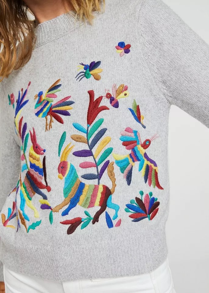 Fashion women 2018 autumn and winter new type of heavy work embroidered sweater