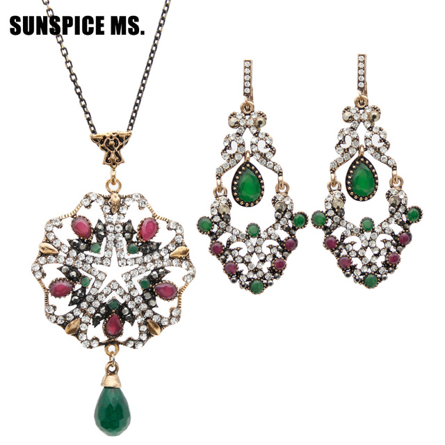 Luxuriant Turkish Royal Jewelry Sets For Women Antique Gold Color Crystal  Drop Earrings Rhinestone Necklace India Ethnic Bijoux 5755c9d2cbed