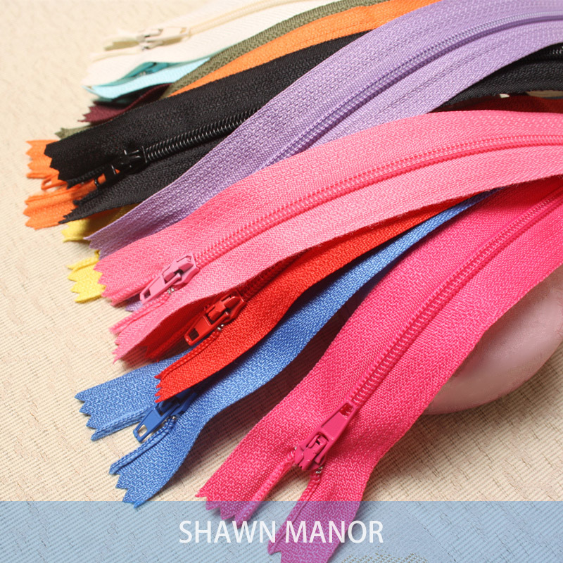 Wholesale 100Pcs 24 Color Mixed  20cm DIY Nylon Coil Lace Zippers Tailor Home Tools For Sewing Garment Accessories 2-010
