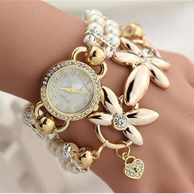 Hot Luxury Flower Pearl Bracelet Watch Women Fashion Wristwatches Ladies Rhinest
