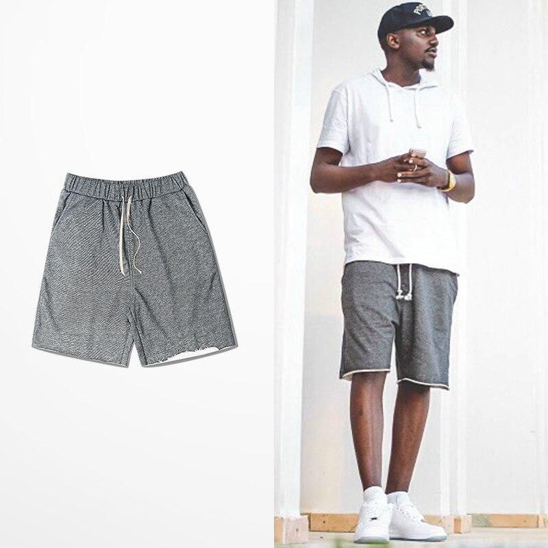2019 European American High Street Summer Shorts Pockets Skateboard Hip Hop Kanye West Cargo Sweatshirt Short Pants Men Bieber