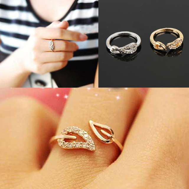 c430d5115d Hot Selling Fashionable Two Leaves Shaped Opening Crystal Couple Rings -  Color Gold Silver RING-
