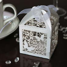 10PCS Butterfly Paper Candy Gift Boxes  Pearlescent Box Wedding Party Favor With Ribbon White