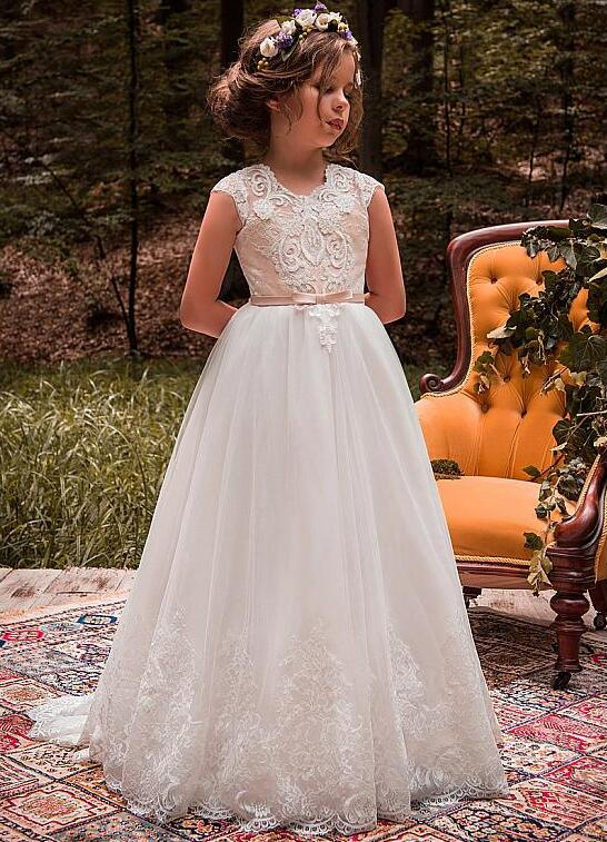 2018 New for Little Girls Dress Cap Sleeves A-line Flower Girl Dresses With Beaded Lace Appliques Belt Communion Gown elegant beaded a line appliques court train evening dress