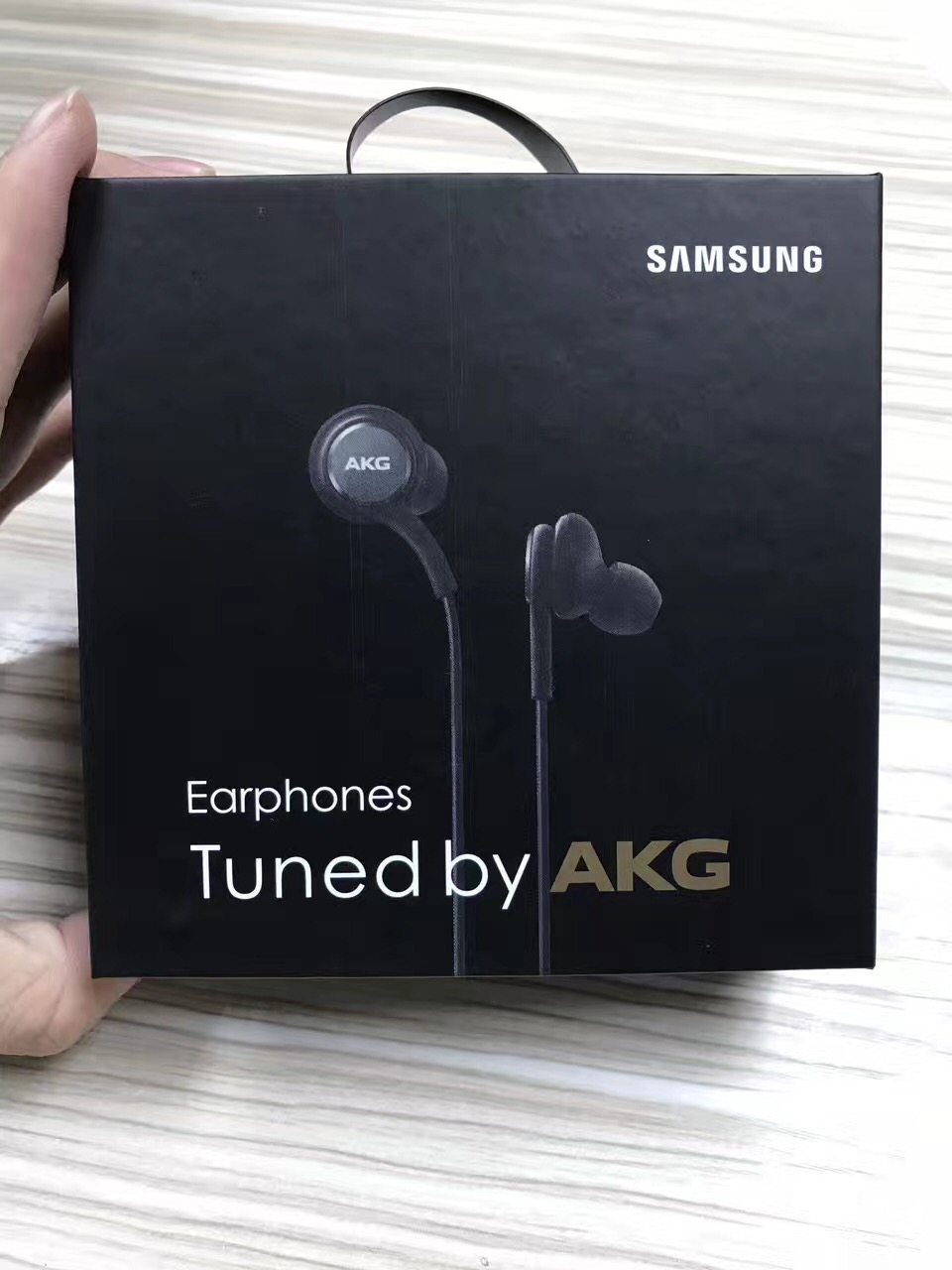 For Samsung Earphone EO-IG955 Wired Headsets with Mic 3.5mm In-Ear Stereo Sport Headset for Smartphone Galaxy S8 made in Vietnam(China)