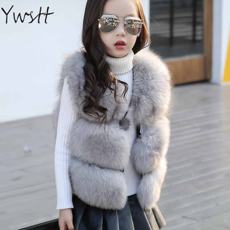 все цены на Mommy And Me Family Matching Mother Daughter Girls Fur Vest Coat Luxury Faux Fox Girls Coats 2017 Mommy Imitation Fox Fur COAT