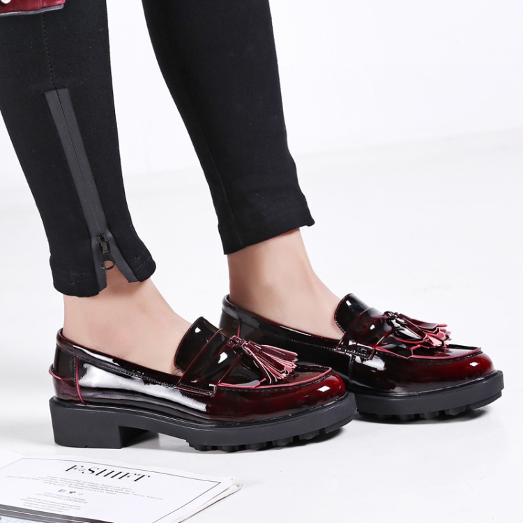 {Zorssar}2018 Patent leather Woman Oxford shoes Square toe High heels pumps Fashion tassel Creepers Casual Ladies Platform Shoes creepers platform korean suede medium wedge autumn high heels shoes big size casual black pumps green round toe ladies fashion