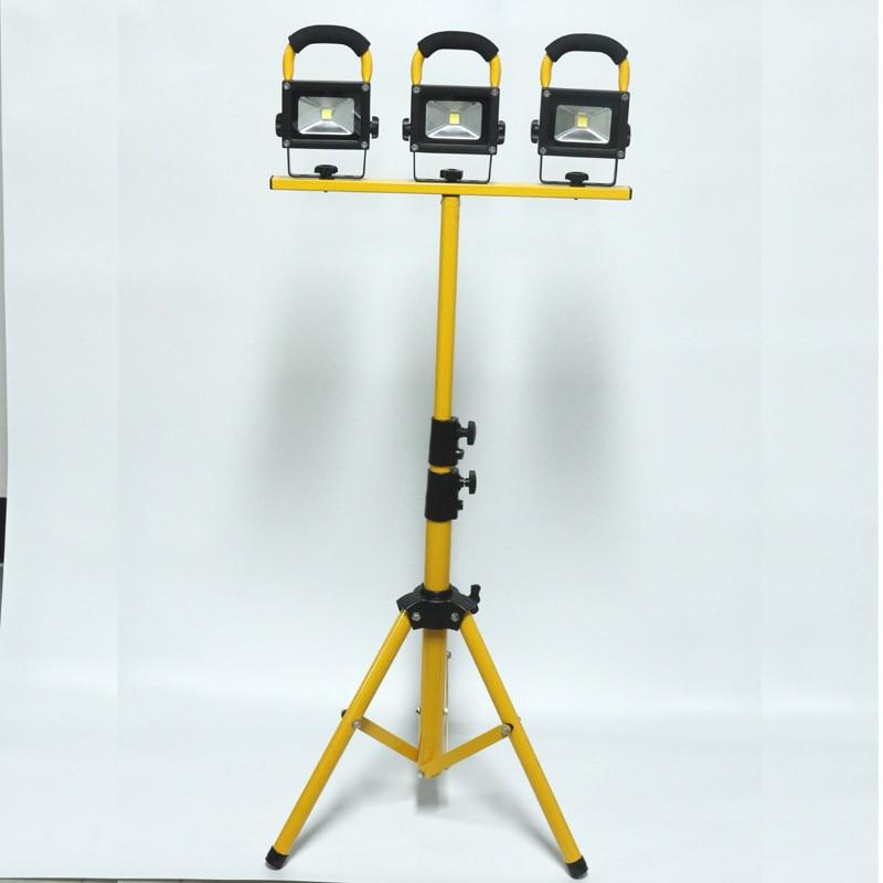 Trípode IP65 30W reflector recargable LED Luz recargable Camiones de iluminación móviles que elevan la luz del proyecto