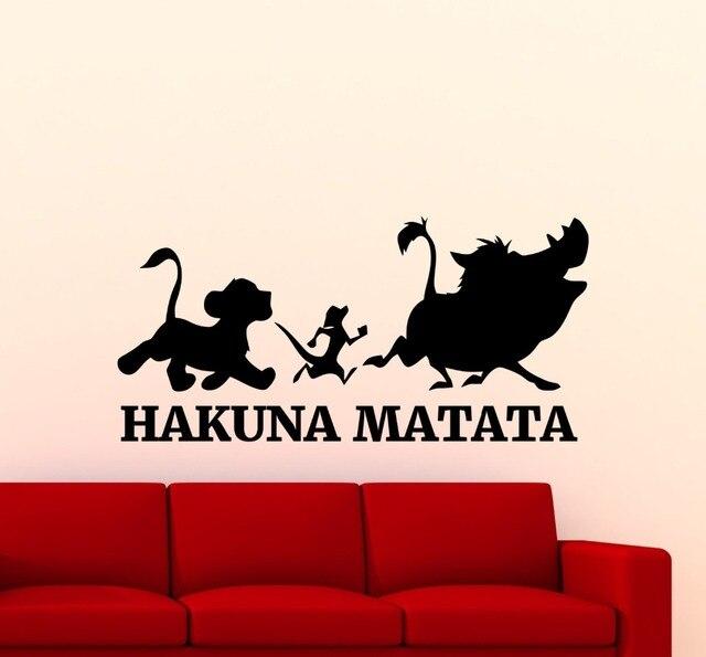 Hakuna Matata León rey pared pegatina dibujos animados Timon Pumbaa vinilo pared murales hogar guardería dormitorio lindo adorable decoración póster Wm-127