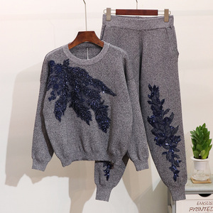 Image 2 - 2020 Autumn Women Embroidered Sequins Flower Long Sleeve Sweaters Casual Pants Two Piece Student Knitted Tracksuit Ladies D1289