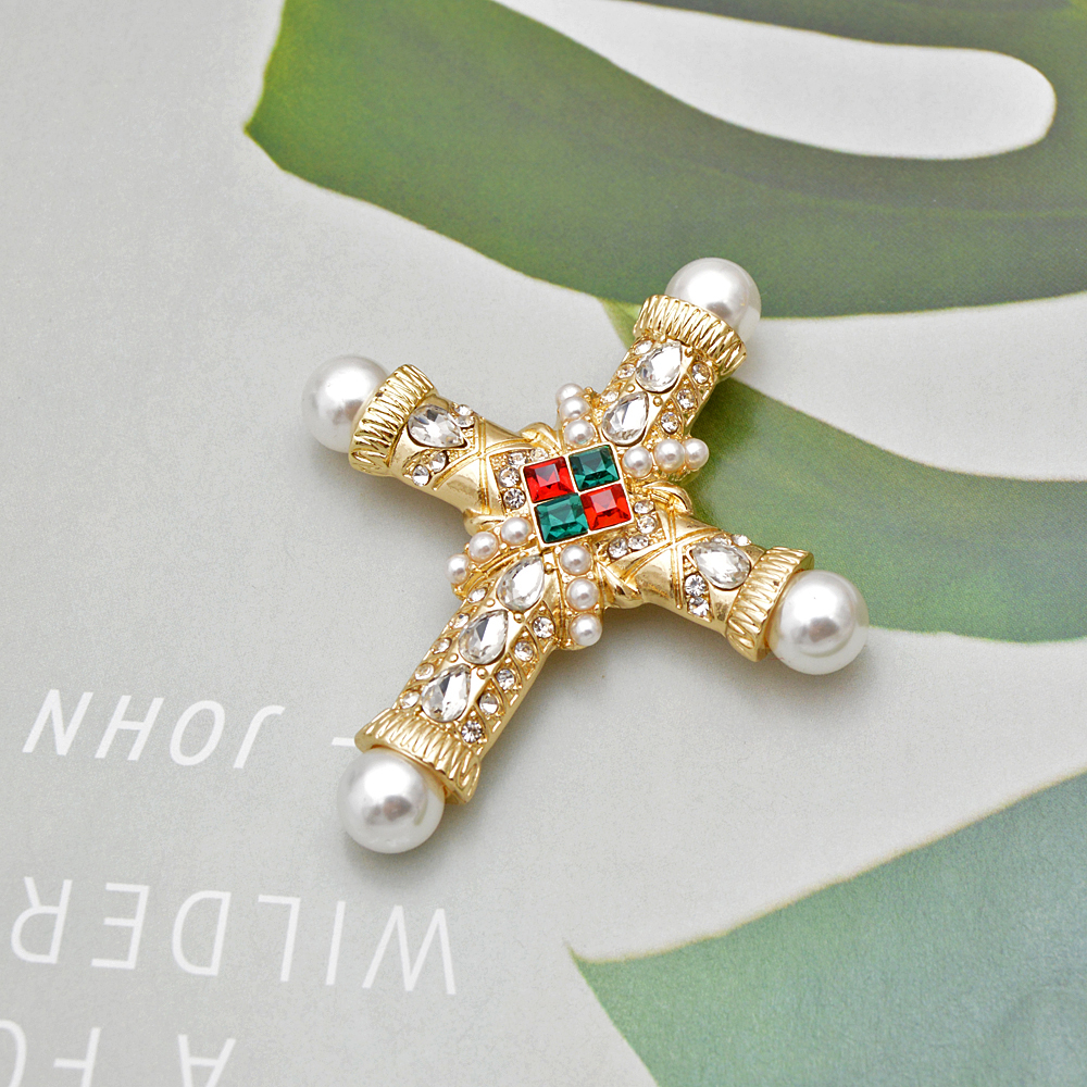 CINDY XIANG new arrival pearl rhinestone baroque cross brooch women and men unisex brooches pin fashion vintage gold color gift in Brooches from Jewelry Accessories