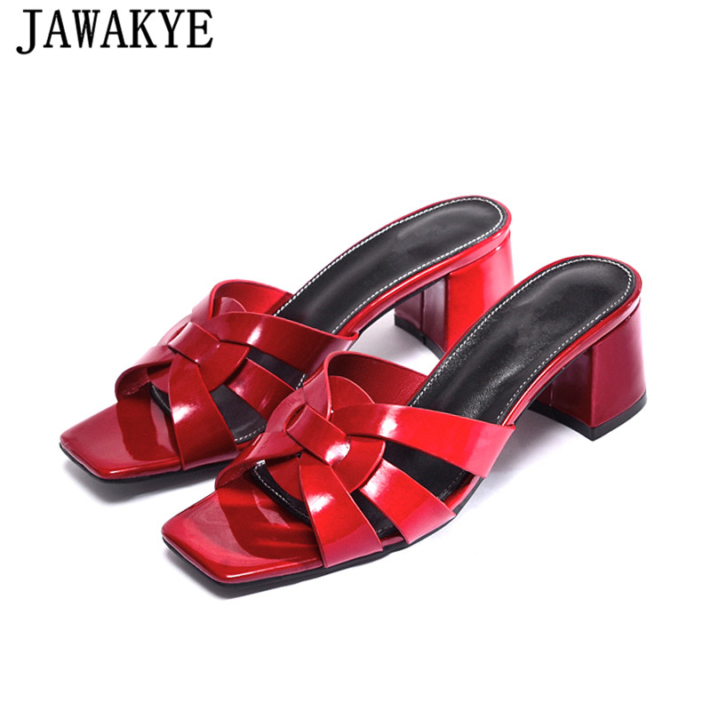 2019 summer new chunky heel slippers patent leather stone grain open toe sandals runway style flip
