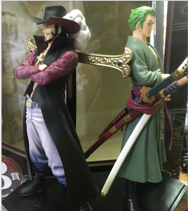 ФОТО One Piece Action Figure Zoro and Dracule Mihawk PVC Toys Onepiece Figure Collectible Toy One Piece Santoryu Figure
