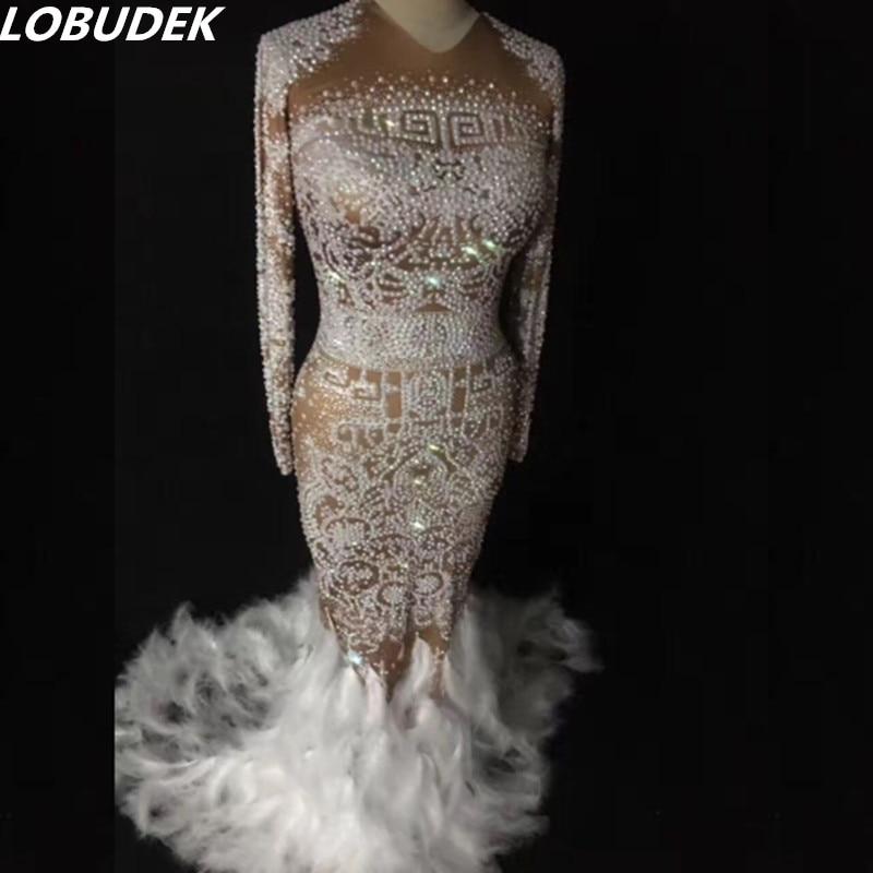 Перо шлейфом белые кристаллы цельнокроеное платье женские костюмы для ночного клуба Стразы Производительность Певица вечерние show платья