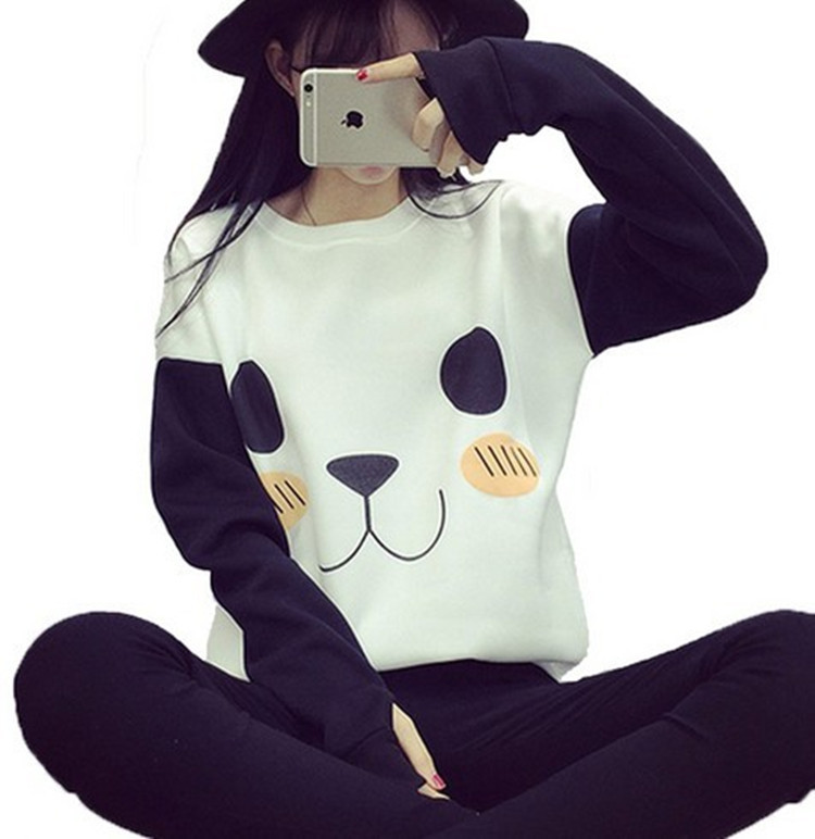 Cute beer women kawaii tee shirts long sleeve autumn Korea fashion cartoon white black t-shirt with <font><b>gloves</b></font> anime woman clothing