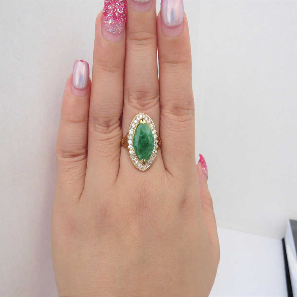 14K สีเหลืองทองสีเขียวมรกตธรรมชาติหยกสีขาว Moissanite แหวนหมั้นแต่งงานแหวนผู้หญิง