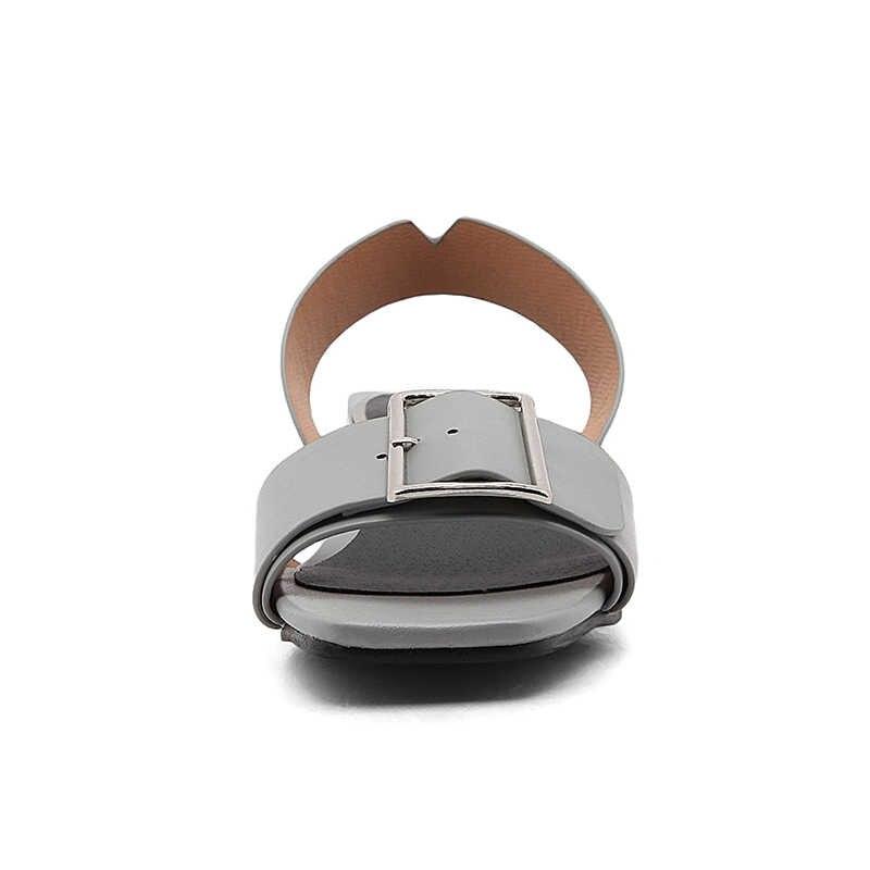 2018 marka ayakkabı kadın ayakkabı kadın moda toka kare topuklu tarih casual yaz sandalet ayakkabı kadın büyük boy 34- 43 JDD46
