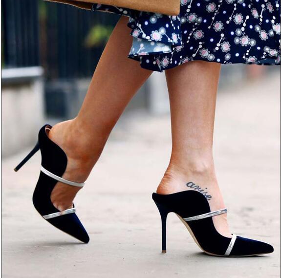 Sexy women in stilettos
