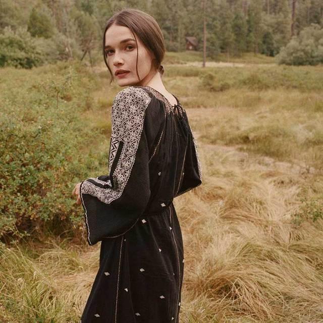 dafe0405b0e Boho Inspiré broderie coton longues femmes robes noir lâche l ukraine bohème  robe hippie chic