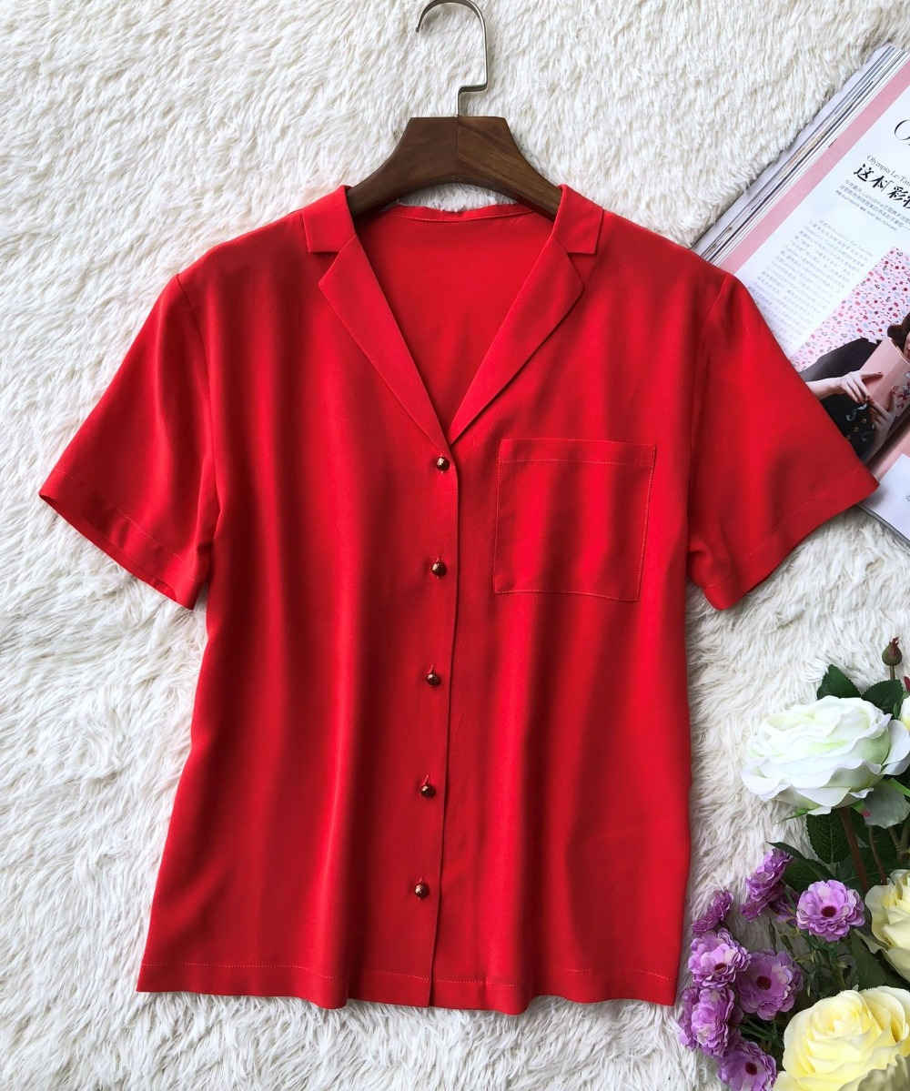 100%Silk Women Short Sleeve Red Blouse Front Pocket Summer Shirt Chemise Verdad Rouge With little pretty glitter buttons