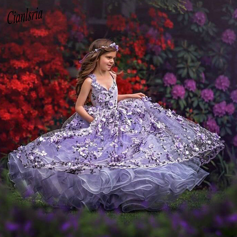Gorgeous Fluffy Flower Girl Dresses With 3D Floral Applique Lace-Up Back Girls Birthday Dress V Neck Toddler Pageant Gowns 2020