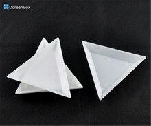 Lovely Jewelry! 20 White Plastic Triangular Sorting Trays 64x73x10mm (B09156)