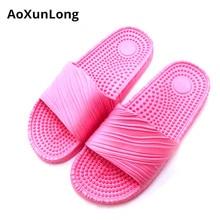 купить Women Summer Massage Slippers Fashion Outdoor Slides Women Beach Casual Slippers Women Bathroom Non-Slip Home Slippers EU 35-39 по цене 426.99 рублей