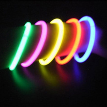 100 Pcs Party Fluorescence Light Glow Sticks Bracelets Necklaces Neon For Wedding Party Glow Sticks Bright Colorful Glow Sticks 20pcs christmas party supplies colorful glow sticks