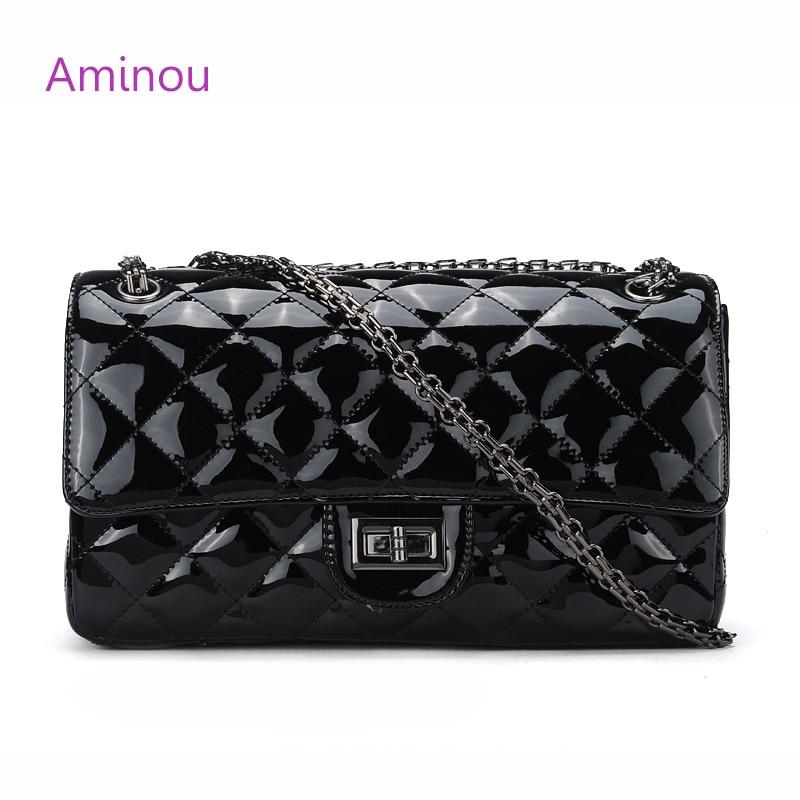 Aminou небольшой лоскут Курьерские сумки для Для женщин Лакированная кожа Сумки женские роскошные дизайнерские цепь сумка Bolsas Feminina черный ...