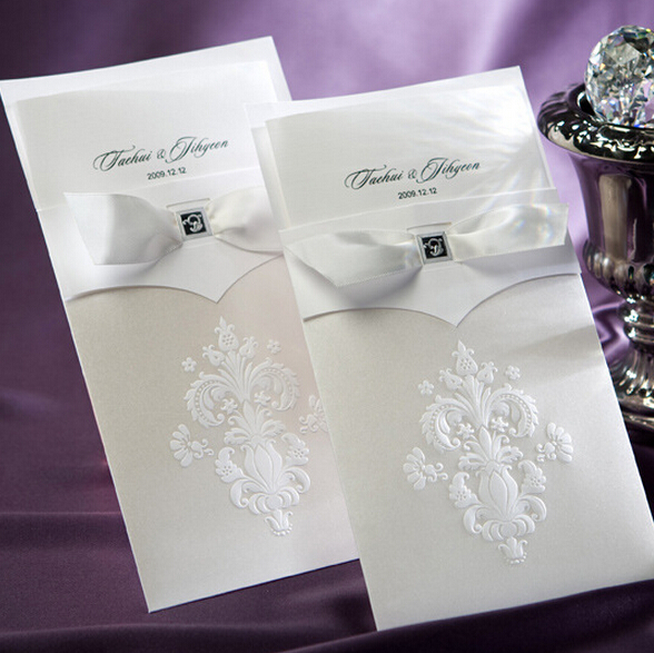 10 Pieces Lot New Elegant Ivory Color Wedding Invitation Card Flowers Embossed Invitations
