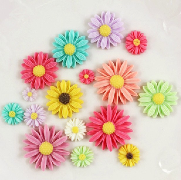 50Pcs Mixed Size Resin Flower Decoration Crafts Kawaii Bead Flatback Cabochon Fridge Magnet Scrapbook DIY Accessories Buttons(China)
