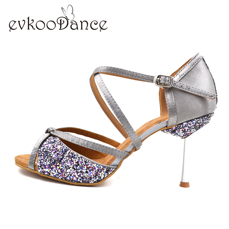 Glitter Girls Dancing Shoes kvinner 8,5 cm metallhæl myk sole Khaki svart grå Salsa Ballroom Latin Dance Shoes for Ladies NL002