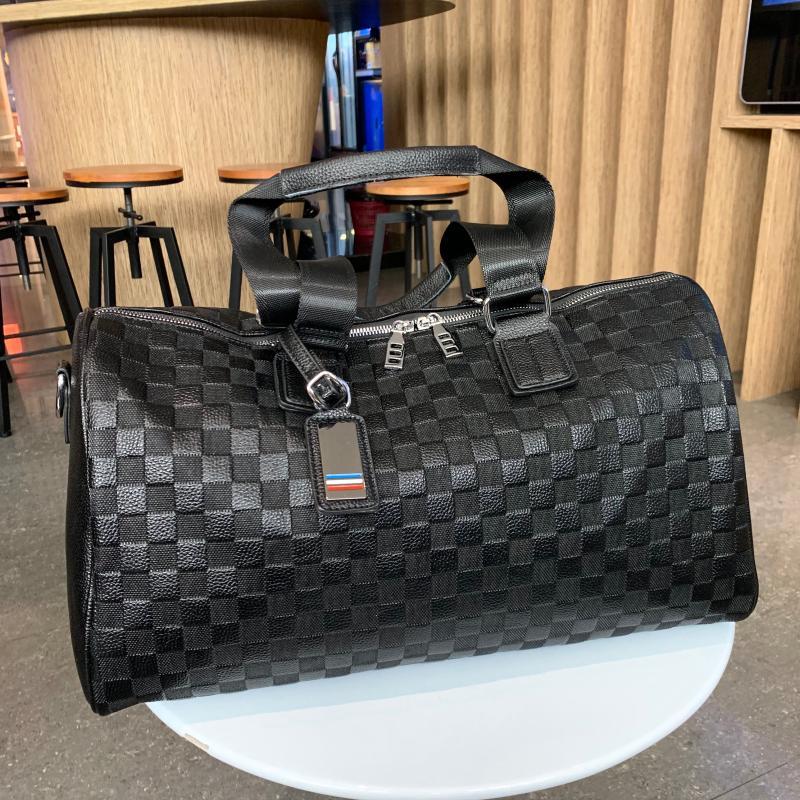 2019 New Fashion Luggage Bag Female Leather Casual Large Capacity Luggage Bag Fitness Soft Leather Men Short-distance Travel Bag