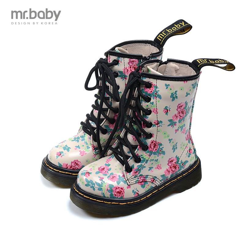 In the winter of 2017 Korean version of the new fashion casual shoes lace flower girl children shoes leather boots cicely mary barker flower fairies of the winter