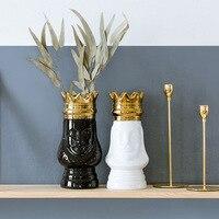 King and Queen Tabletop Vase Golden Crown Light Luxury Decorative Flower Pot Flower Arrangement Bottle Art Ceramic Craft R981